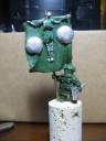 Green Eyed Miniatures - Dwarf Rocket Standardbearer