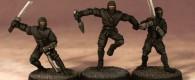 Crooked Dice bringen im Juni drei Ninjas mit unterschiedlichen Bewaffnungen.