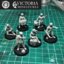 Victoria Miniatures Heavy Weapon Crew Arms (female) 1