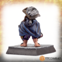 TTCombat TraditionalHalflingAdventurers 05